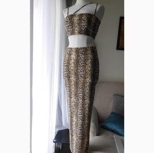 Snake print skirt set